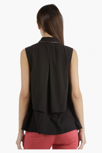 Sleeveless Double Layer Shirt in Regular Fit