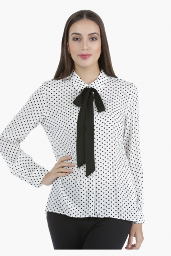 Printed Shirt with Collar Neck and Long Sleeves in Regular Fit