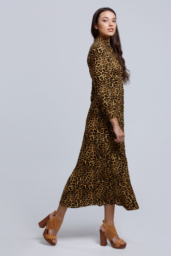 Printed Long Sleeves Dress with a Collared Neckline