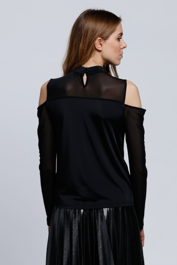 Long Sleeves Top with Cold Shoulders
