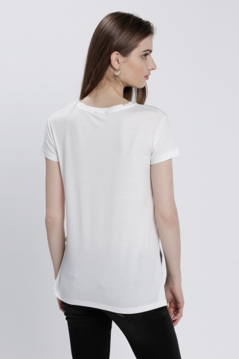 Printed T-Shirt with High-Low Hem and Short Sleeves