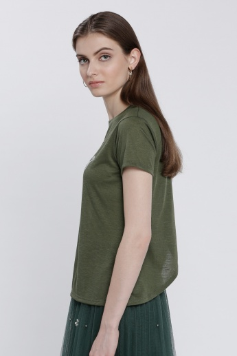 Printed T-Shirt with Cross Layer Back and Short Sleeves