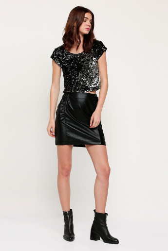 Sequined Top with Round Neck and Cap Sleeves