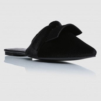 Iconic Knot Slip-On Sandals