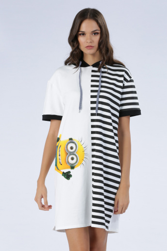 Iconic Minions Print T-Shirt Dress with Hood