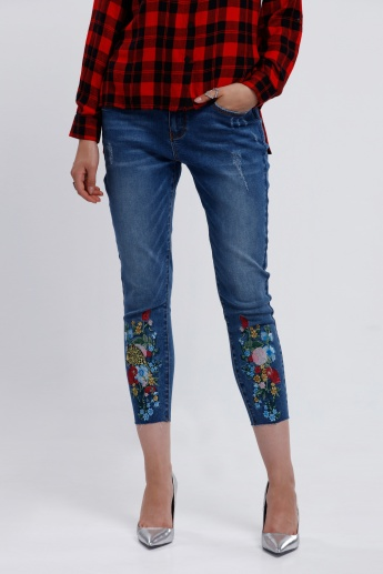 Iconic Embroidered 3/4 Length Jeans with Pocket Detail