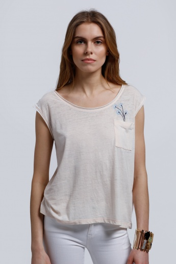 Lee Cooper Embroidered T-Shirt with Round Neck and Patch Pocket