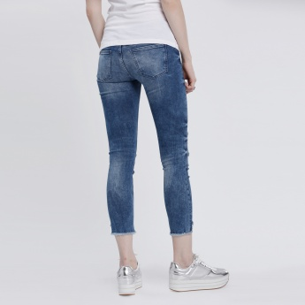 Lee Cooper 3/4 Distressed Jeans with Embroidered Badges