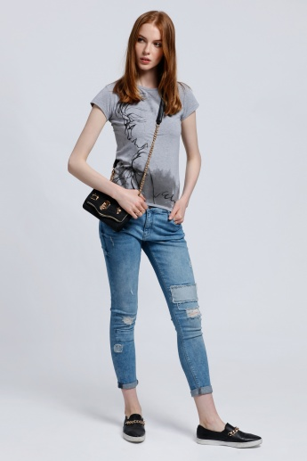 Distressed Full Length Jeans with Button Closure and Pocket Detail