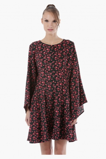 Floral Print Midi Dress with Flared Sleeves in Regular Fit