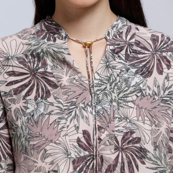 Printed Long Sleeves Shirt with V-Neck Neckline