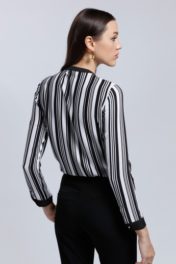 Printed Long Sleeves Shirt with Round Neckline