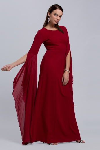 Maxi Dress with Round Neck and Keyhole Closure