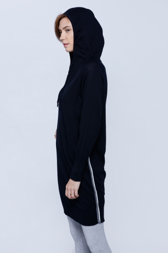 Hooded Top with Long Sleeves