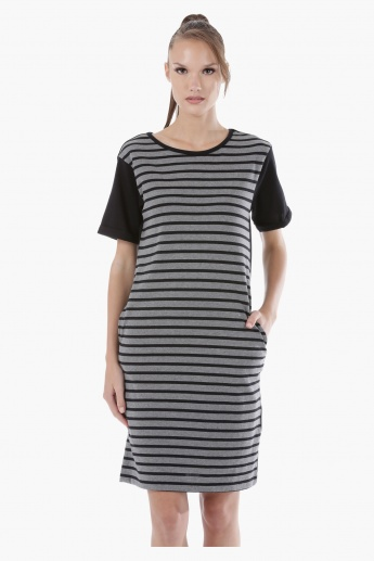 Striped Knitted Dress with Short Sleeves