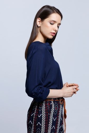 Solid Top with Roll-up Sleeves