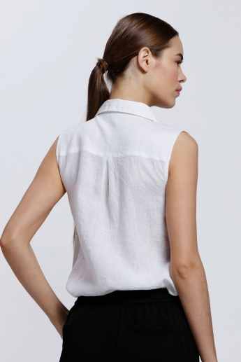 Sleeveless Shirt with Complete Placket and Patch Pockets