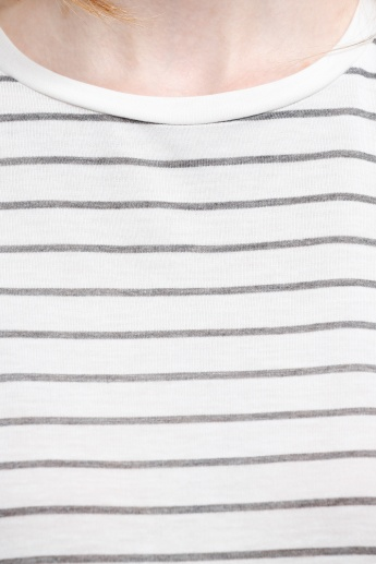 Striped Round Neck Top with High Low Hem in Regular Fit