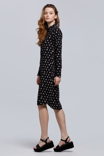 Printed Dress with Long Sleeves and Spread Collar