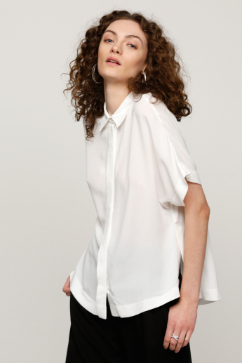 Extended Sleeves Top with Spread Collar and High Low Hem