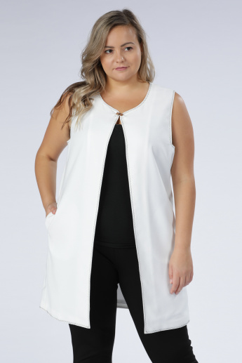 a1f63554f2137 Sleeveless Longline Jacket with Pocket Detail