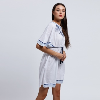 Embroidered Midi Dress with Short Sleeves