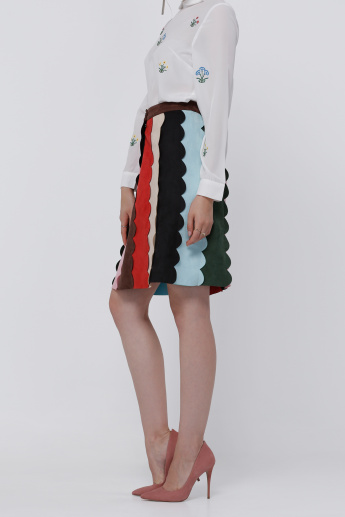 Midi Skirt with Button Clsoure