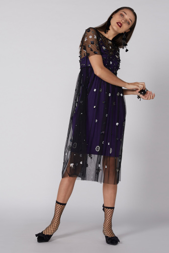 Embellished Midi Dress with Short Sleeves without Lining