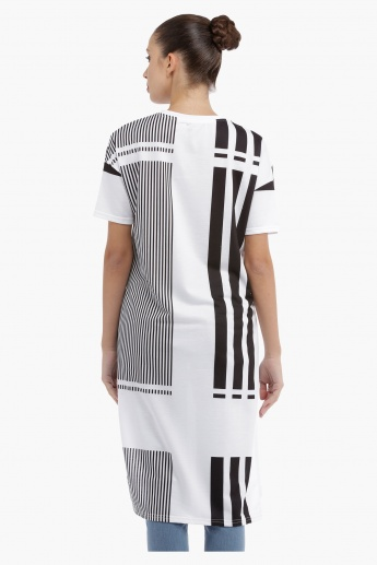 Striped T-shirt with High Low Hem
