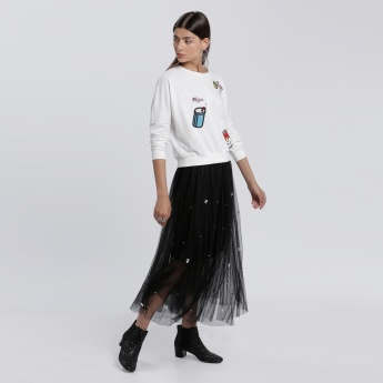 Sweatshirt with Long Sleeves and Applique