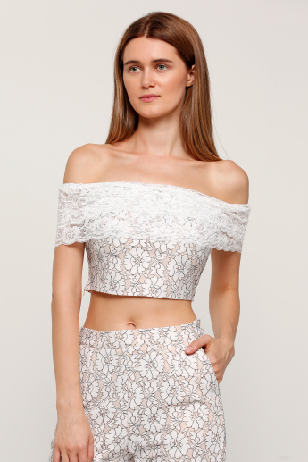 e0ec5abcc0503 Off Shoulder Cropped Top with Lace Detail