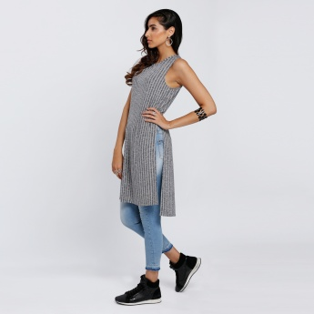 Textured Sleeveless Long Top with Slit
